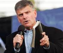 franklin-graham-holding-his-bible-sm.jpg